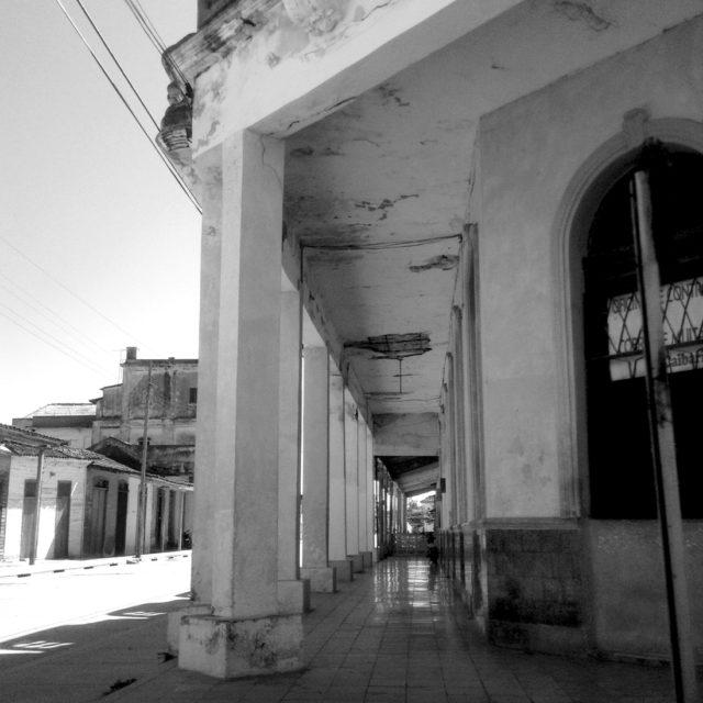Street & Hall (Cuba)
